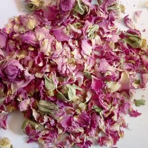 Pétales de roses (flores rosae)